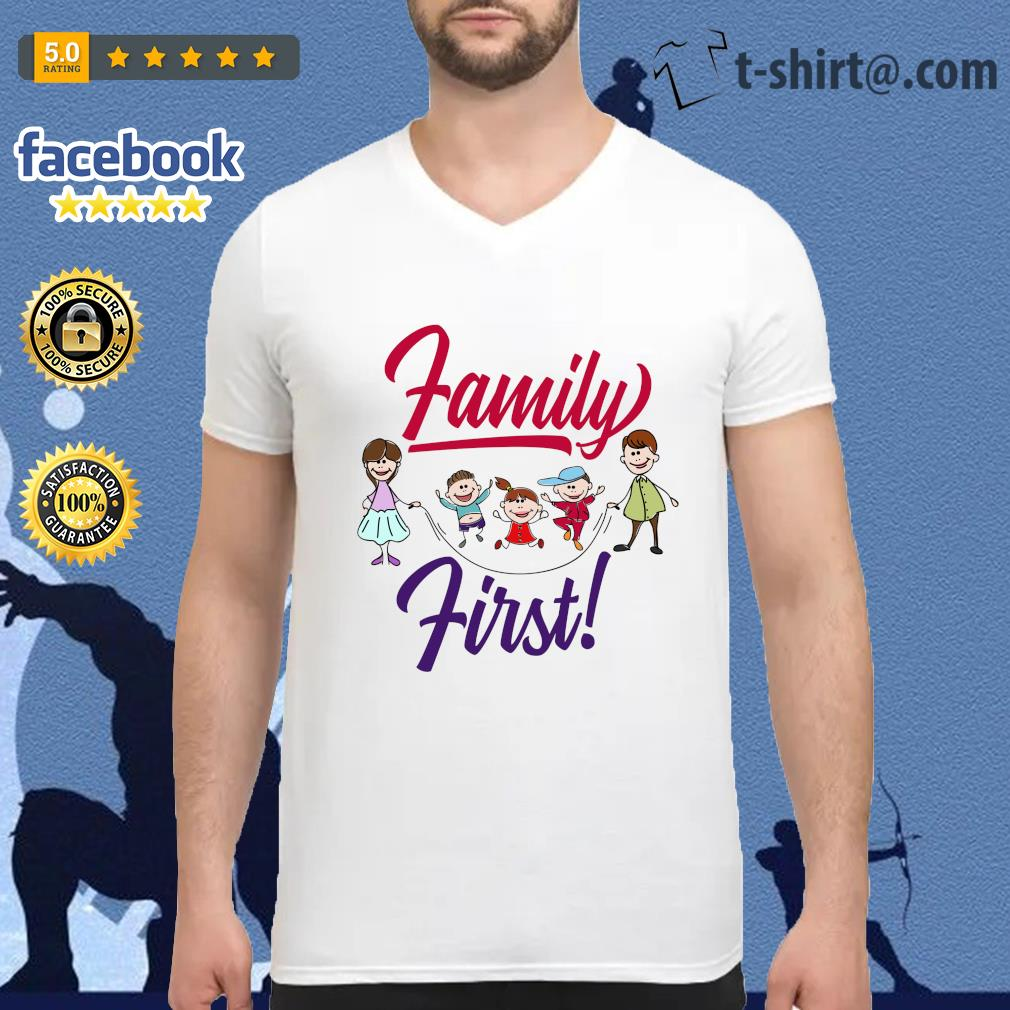 Family first s v-neck-t-shirt
